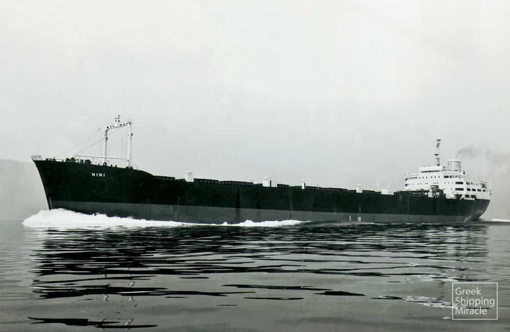 37_NINI_1962