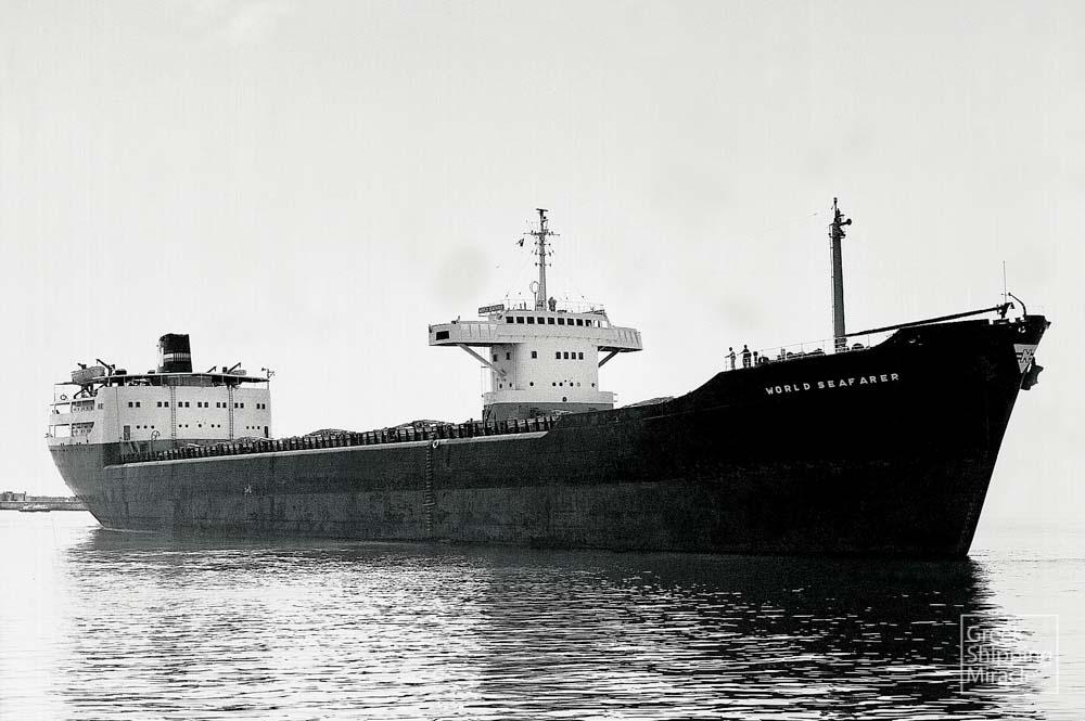 9_WORLD_SEAFARER_1958