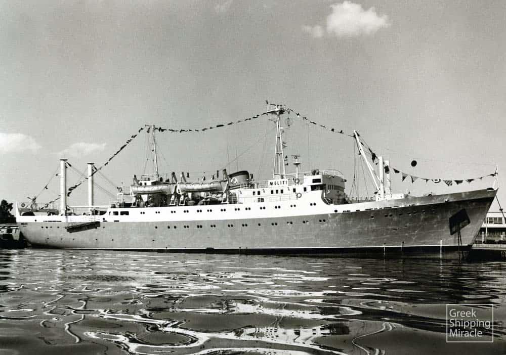 13_MELITI_1966_NB_fishing