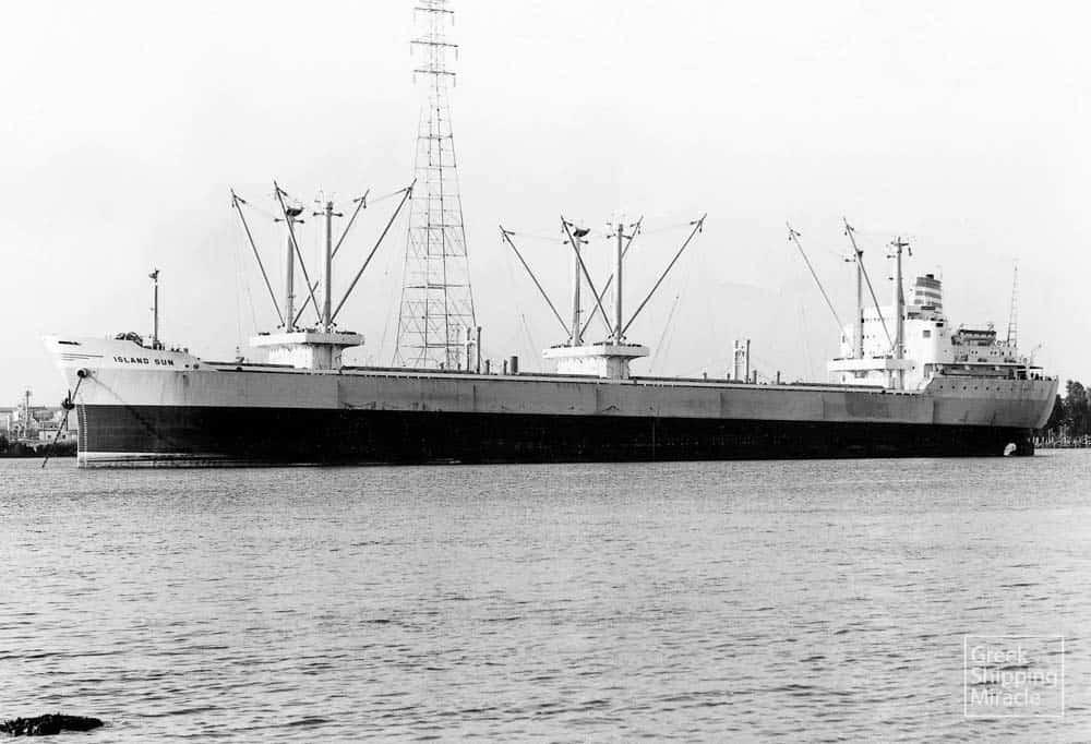 276_ISLAND_SUN_1971_cassar