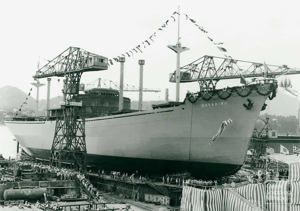 27_NAVARINO_1957_launching