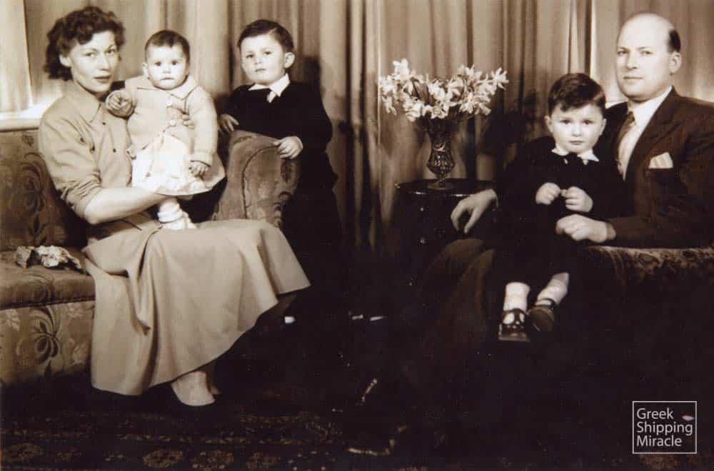 5_tsavliris_family